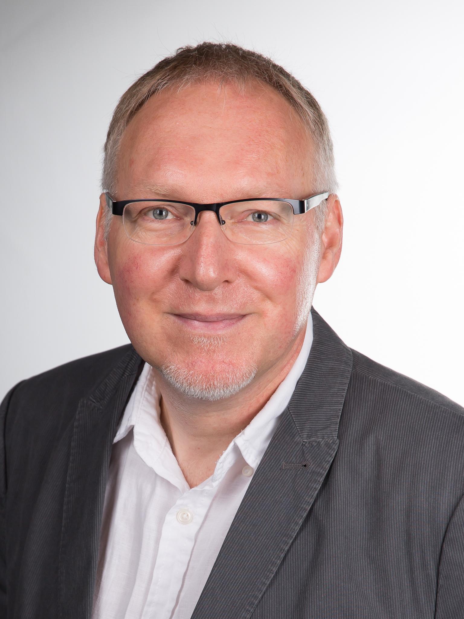 Dr. Detlef Gerst